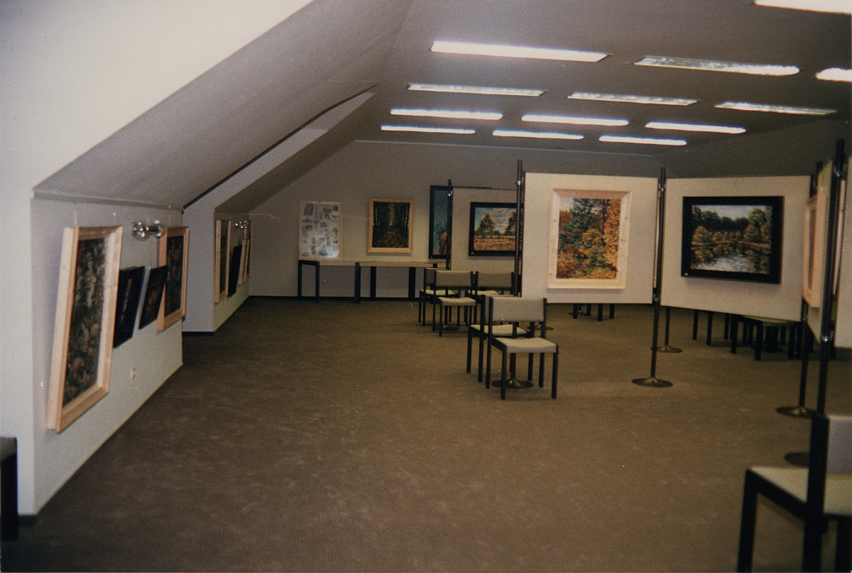 In dem Ausstellungsraum der damaligen Kreissparkasse Scharnebeck
