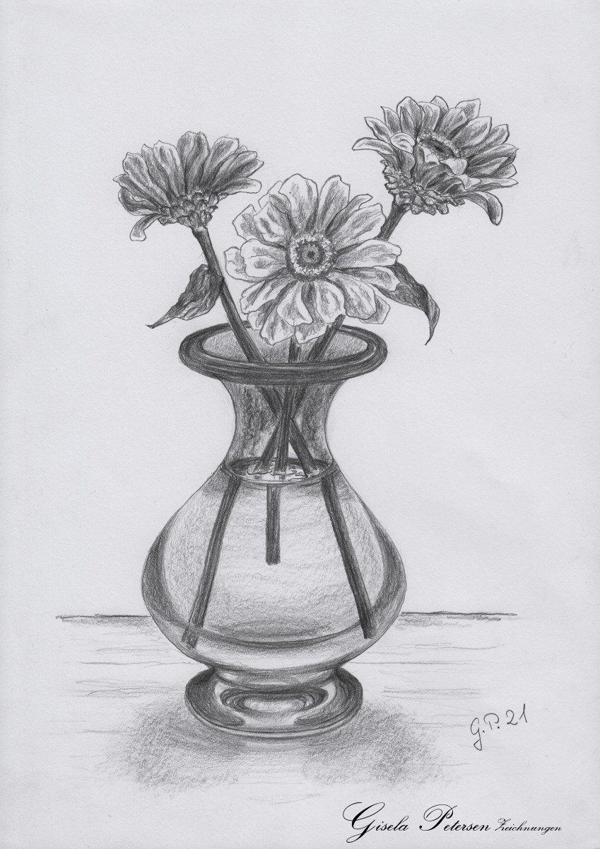 Drei Zinnien in einer Glasvase, Zeichnung mit Bleistift 2B DIN A 4