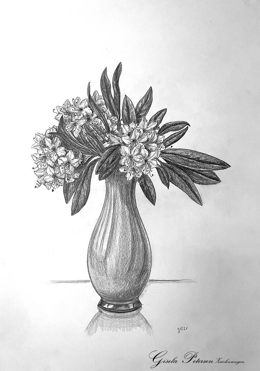 Rhododendronblüten in einer Vase, Zeichnung mit Bleistift 2B/4B DIN A 3